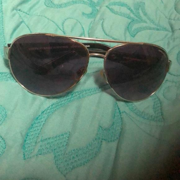 f927685e05 American Eagle Outfitters Accessories - American Eagle Aviator sunglasses
